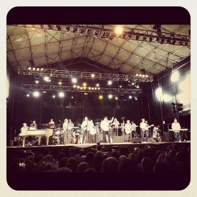 Beach Boys Poble Espanyol 2012.JPG