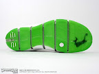lebron4 dunkman 04 The Real Dunkman Version of the Nike Zoom LeBron IV