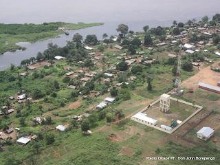 – Vue aérienne de la cité de Loukolela au Congo- Brazzaville. Radio Okapi/ Ph. Don John Bompengo