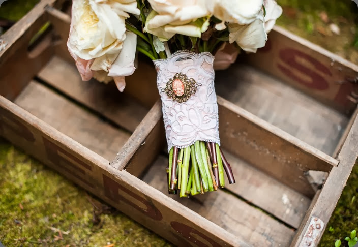 handle Willows Lodge Wedding - Studio 3 floral design Van Wyhe Photography