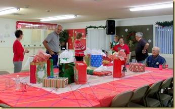 2012-12-19 - AZ, Yuma - Cactus Gardens Employee Christmas Party -001