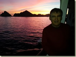 20140220_Cabo sunset and me (Small)