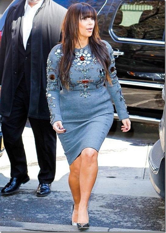 kim-kardashian-preggo-1