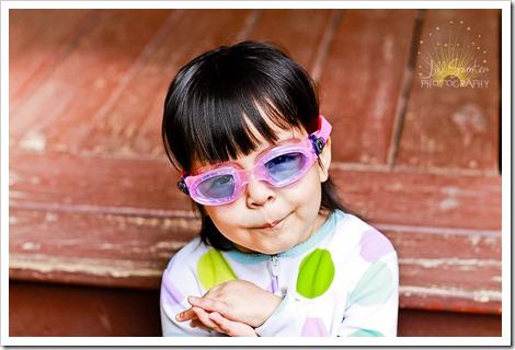 nom-goggles-6797