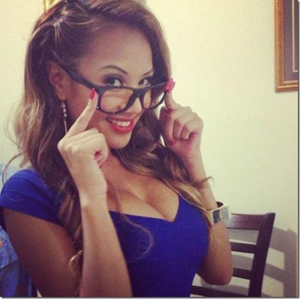 women-glasses-4eyes-22