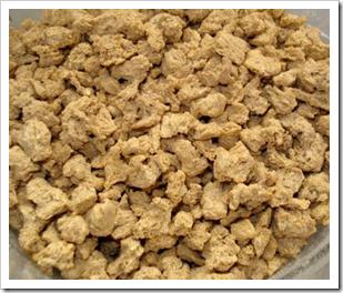 Proteína de soja texturizada ou granulada