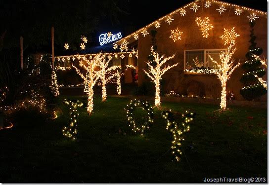 Photo Friday–Christmas Tree Lane Ceres CA - Joseph Travel Blog: Photo Friday–Christmas Tree Lane Ceres CA