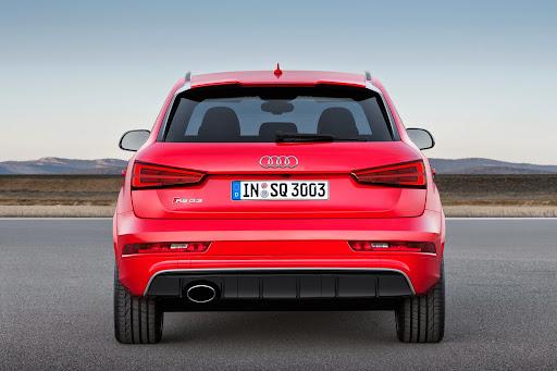 2015-Audi-RS-Q3-09.jpg