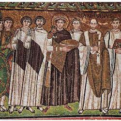39 - Mosaico de Justiniano con su sequito en San Vital de Ravena