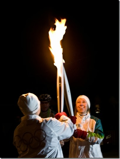2009-11-23-IMG_8575-Olympic_Flame_Passes