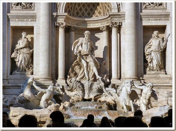 40 Fontana di Trevi