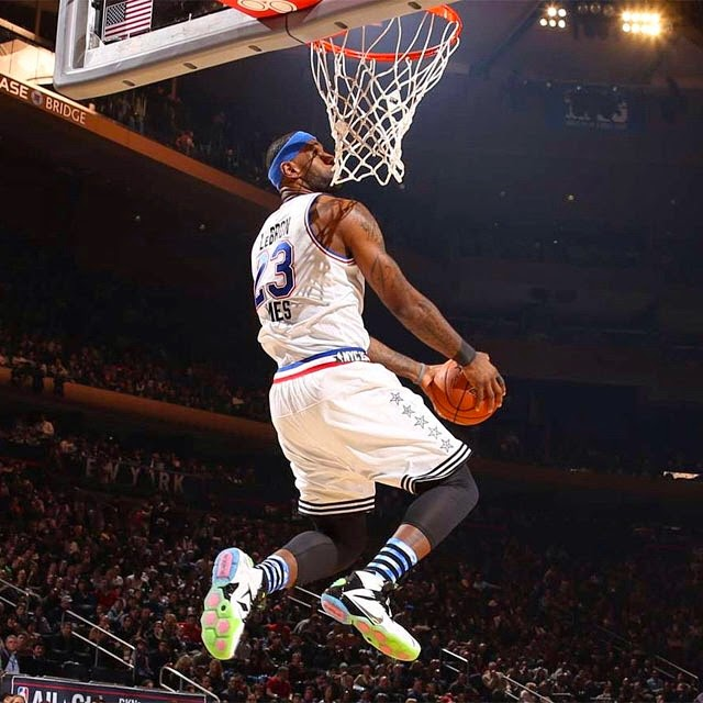 nike lebron lebron james shoes king james puts on a show in nike