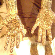 Hennadesigner.com mehndi artiist at the wedding hina party of T Paghdiwala (4).JPG