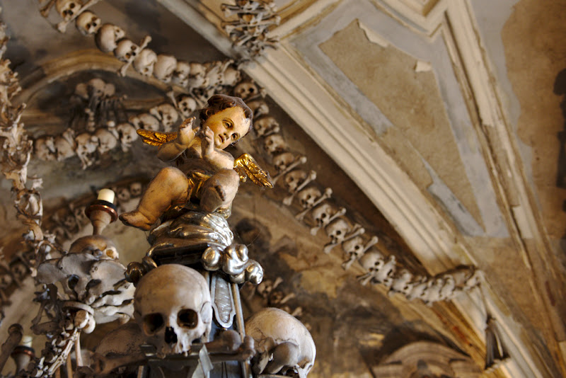 The angel of death rejoices in the Kutna Hora ossuary.