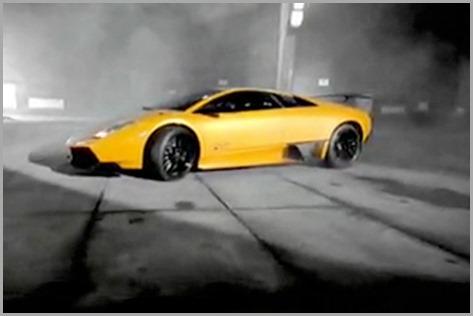 Lamborghini-Murcielago-SV-Commercial-with-Sam-Hubinette