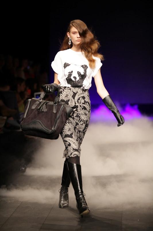 רנואר תצוגת אופנה סתיו חורף 2012-2013 צילום קובי בכר (34)