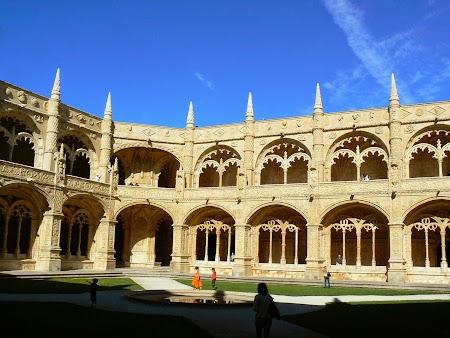 17. Manastirea Ieronimilor - Lisabona.JPG