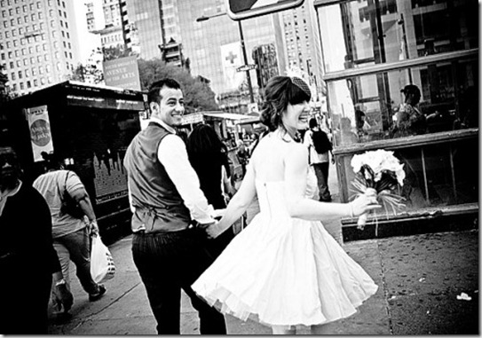 Philadelphia-City-Hall-Wedding-Lindsay-Docherty-Photography-20-500x334