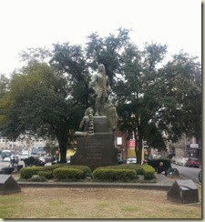 20140312_de Bienville Monument (Small)