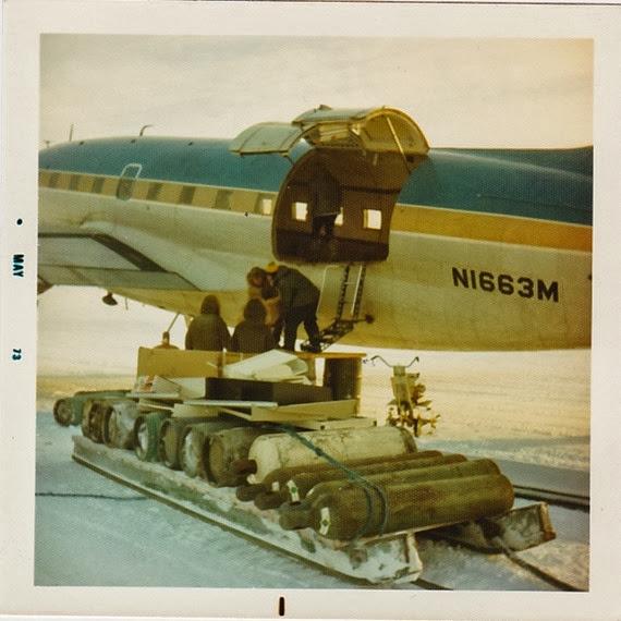 Loading C-46_1973
