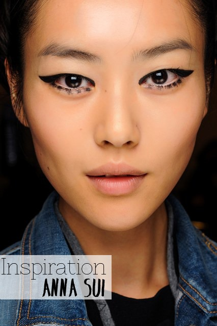 A-W-13-14-60s-Winged-Liner-