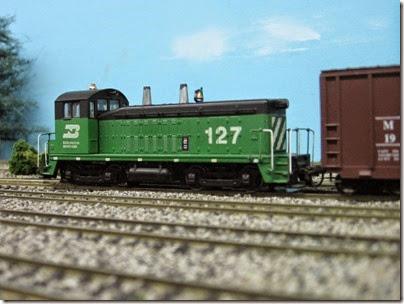 IMG_5463 Burlington Northern SW7 #127 on the LK&R HO-Scale Layout at the WGH Show in Portland, OR on February 17, 2007