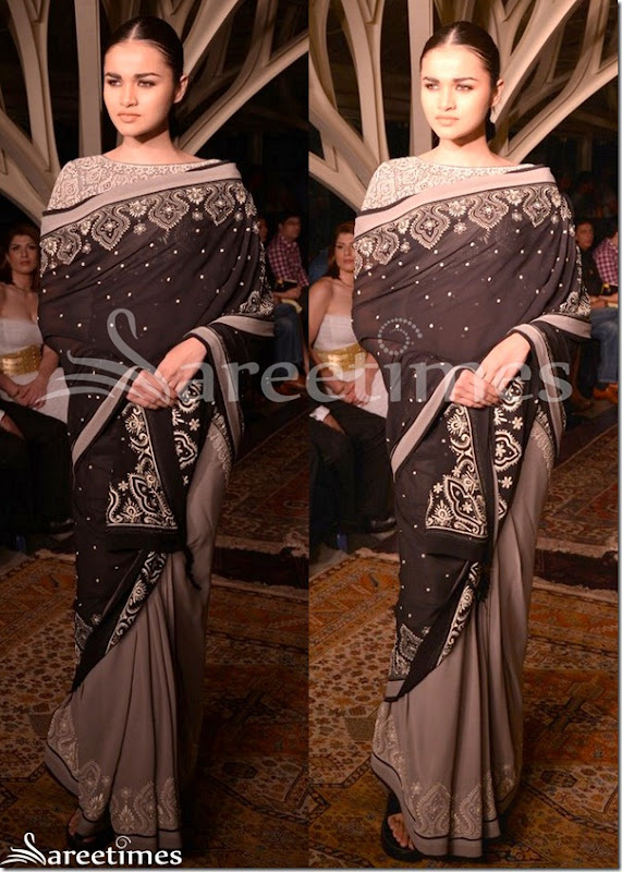 Tarun_Tahiliani_Half_and_Half_Saree