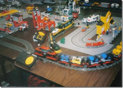 10 Lego Display at the Triangle Mall in February 1997