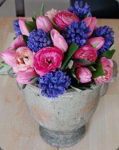 734446_595794673767667_121109922_n mood flowers