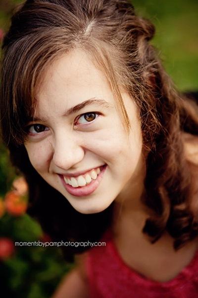 Allison Rager {Senior 2012} 048 logo
