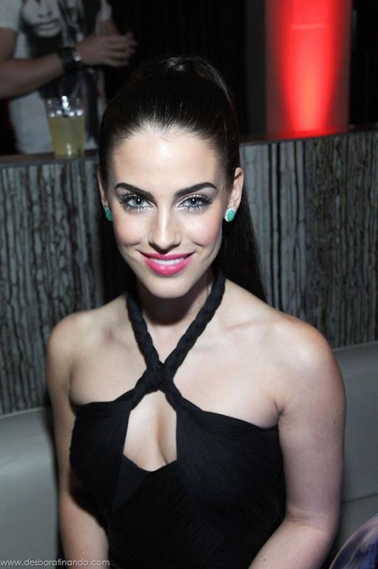 jessica-lowndes-boobs-tits-linda-sensual-sexy-peitos-decote-desbaratinando-sexta-proibida (26)