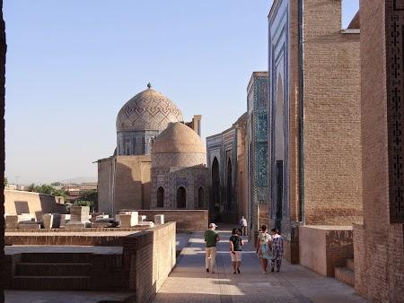 08. Cimitir in Samarkand.JPG