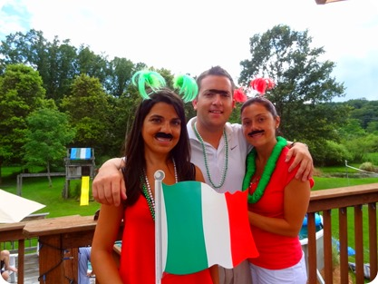 girls on italian day