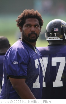 'Jonathan Ogden' photo (c) 2007, Keith Allison - license: http://creativecommons.org/licenses/by-sa/2.0/