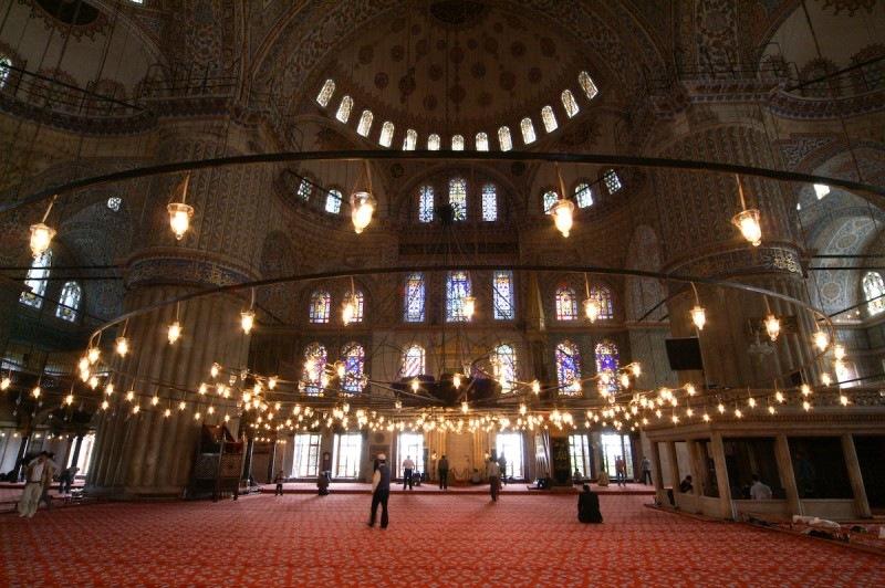 interior da mesquita