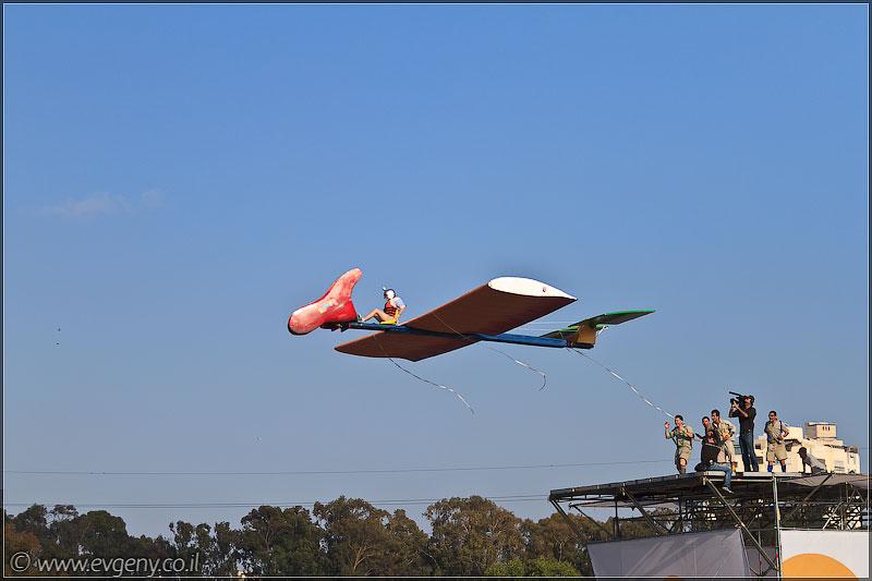 il/RedBull FlugTag 2011 в Тель Авиве   Часть вторая (20110603 ta redbull 232 5348)