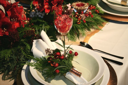 Party table decoration flowers photograph table setting id Christmas place setting ideas