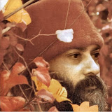 13.Waves Of Love - osho425.jpg