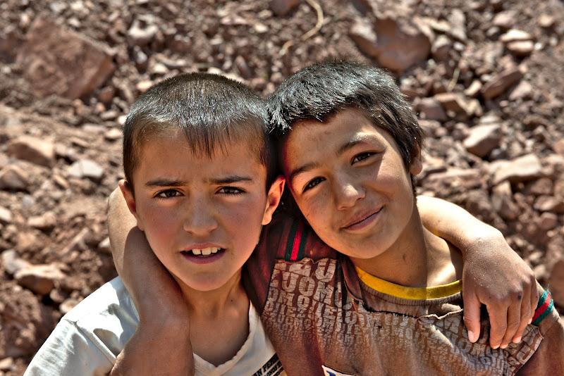 Copii tadjici.