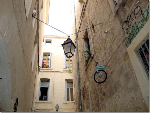 Il ne tient pas dans l'appartement (Montpellier) Arranz