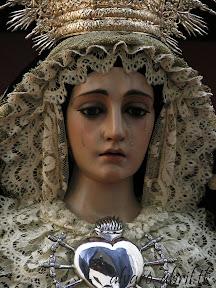 dolores-lanjaron-besamanos-septiembre-2012-alvaro-abril-vestimentas-(8).jpg