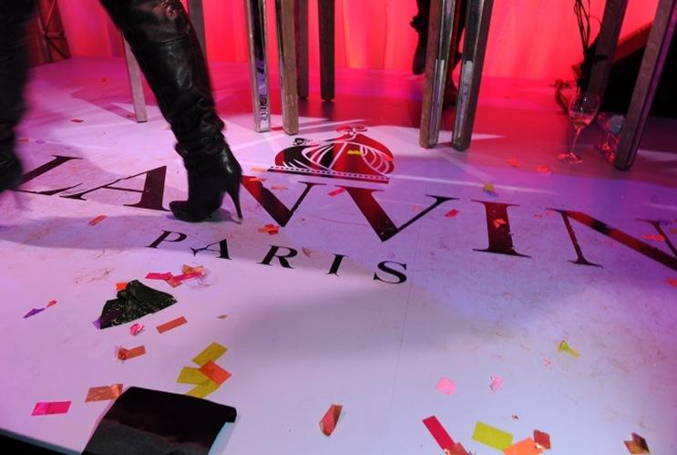 010-lanvin_atmosphere-12_083722668524.jpg_carousel_parties