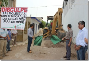 22-05-2013 inicio de obra pavimentacion en chaucingo 3