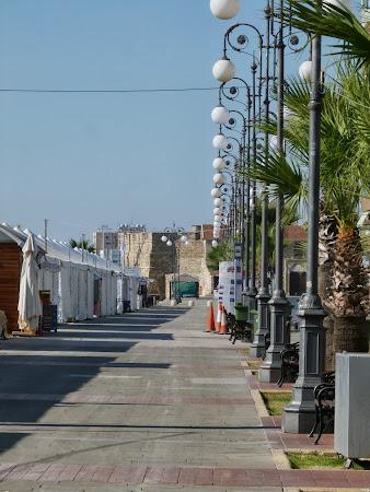 Bulevardul promenada din Larnaca