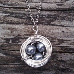 nestnecklace