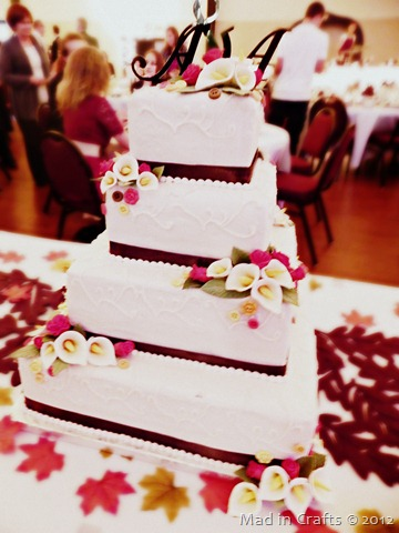 Flowers and Buttons Wedding Cake