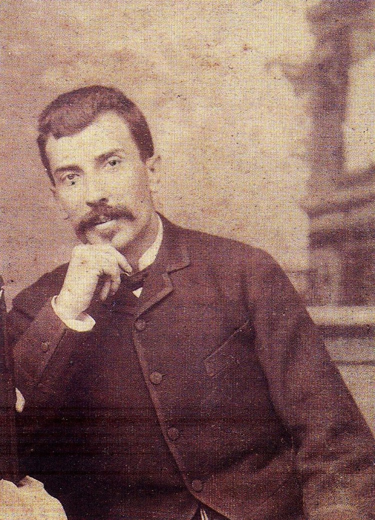Ramón Ybarra González ingreso en la Armada en 1865. Dejaría la Armada con el grado de Capitán para dedicarse a los negocios familiares, muy especialmente a la Naviera. Del libro La Naviera Ybarra.jpg