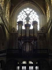 2014.08.03-043 orgues dans l'église Notre-Dame du Sablon