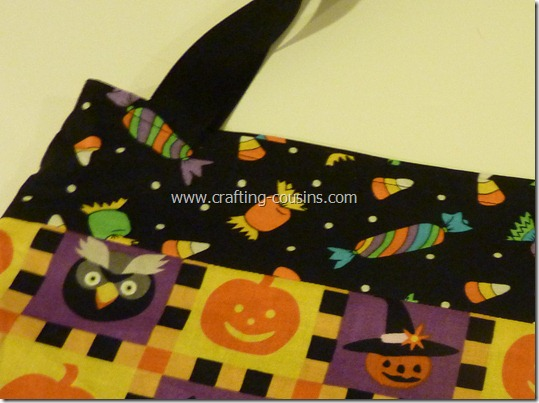 Trick or Treat bag tutorial by Crafty Cousins (24)