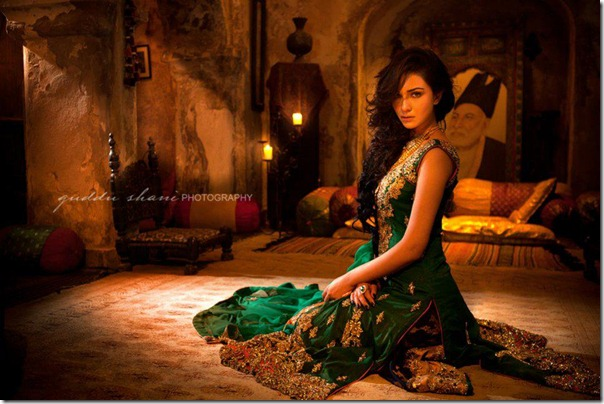 Nickie-Nina-Mughal-Raj-1